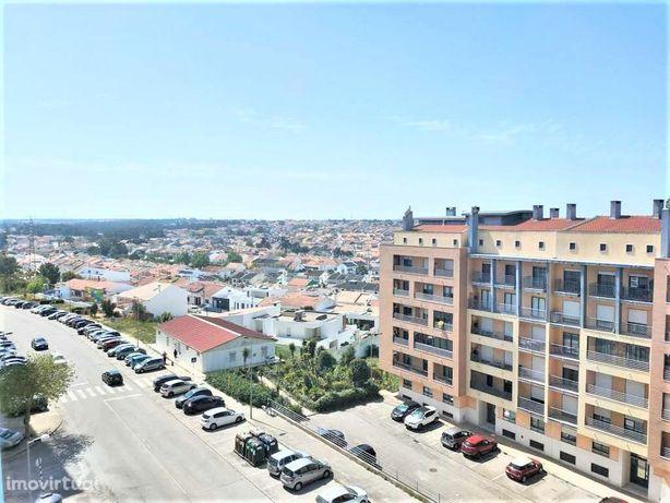 Apartamento T3 em Santa Marta do Pinhal - Corroios