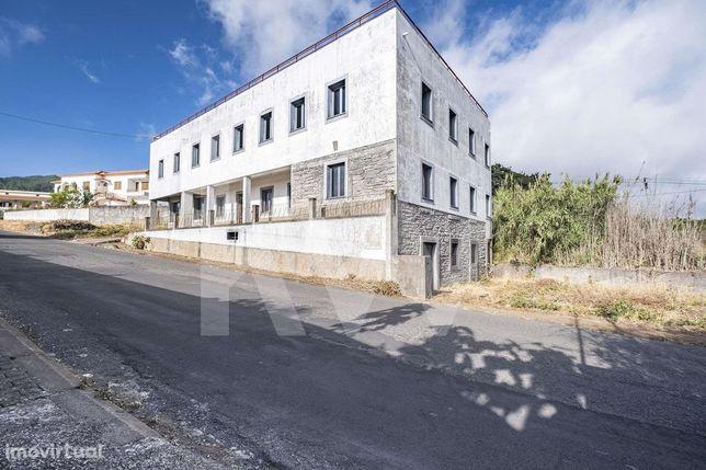 Prédio Para Reconstrução | Investimento | Prazeres | Ilha Da Madeira