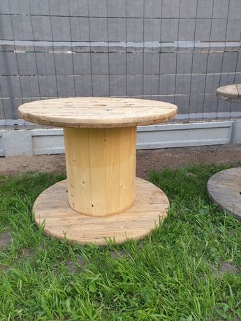 Szpule po kablu stolik ogrodowy drewno