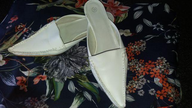 Sapatos brancos/Verão