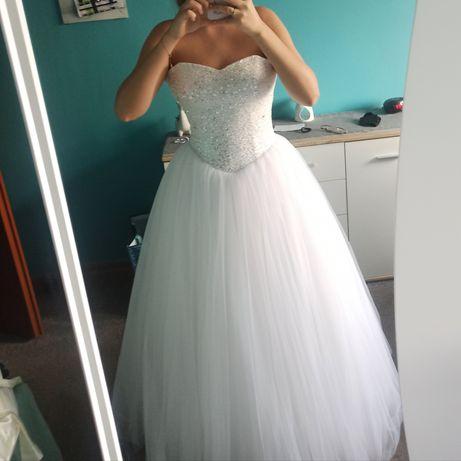 Suknia ślubna M z gorsetem