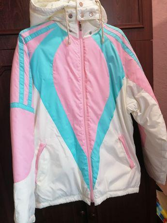 Продам курточку для дівчинки
