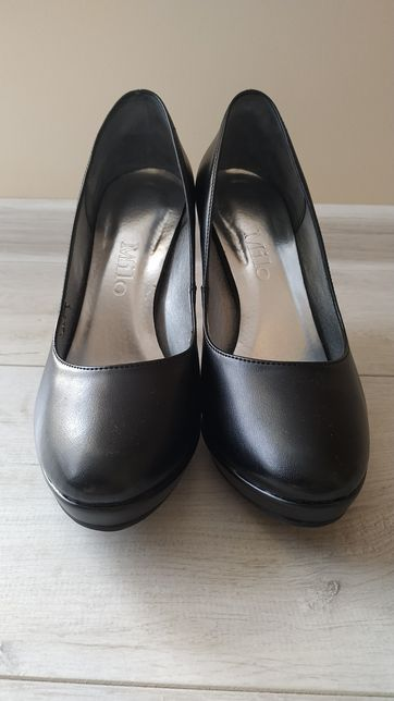 Szpilki czarne buty na obcasie czółenka