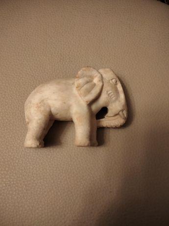 Накомодный слоник редкость.я