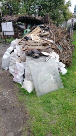 Вывоз хлама, веток, листьев, строительного мусора, старой мебели.