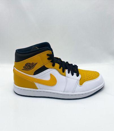 """44 - Nike Jordan 1 Mid """"University Gold"""""""