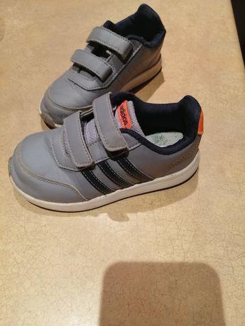 Buty adidas rozm. 27, dł. Wkładki 16,5 cm, szerokie, wysokie podbicie
