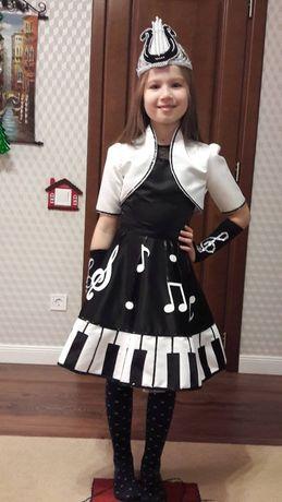 Карнавальный костюм Музыки для девочки