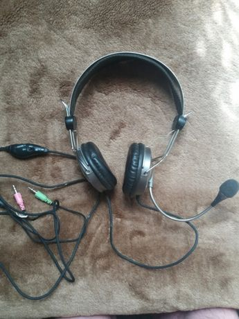 """Słuchawki z mikrofonem (do komputera stacjonarnego)."""" Genius"""""""