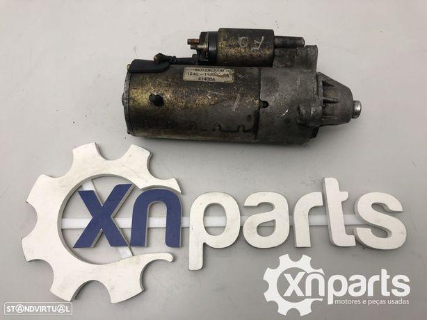 Motor de arranque FORD FOCUS 1.8 TDCi   03.01 - 11.04 Usado REF. 1S4U-11000-AA M...