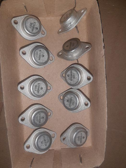 Транзисторы КТ818БМ Киев - изображение 1