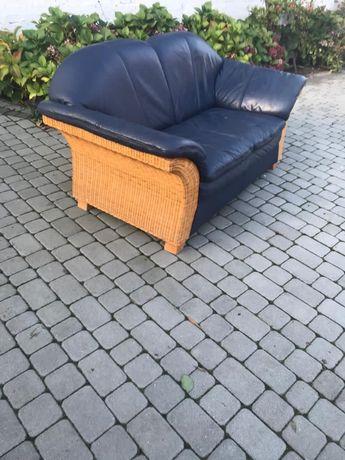 Sofa granatowa skòra