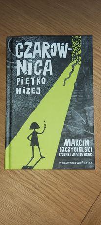 Książka czarownica piętro niżej Marcin Szczygielski
