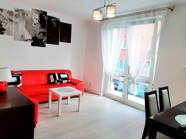 Komfortowy apartament 2 pokoje. Łazienka,kuchnia Balkon 2xTV Wi-Fi.