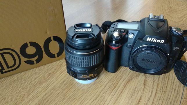 Câmera Nikon D90 com objectiva, como nova