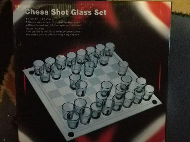 Настольная игра рюмки шахматы