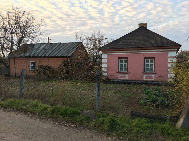 Продам дом в Приютовке