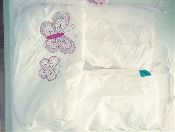 Ochraniacz do łóżeczka mały z gratisem