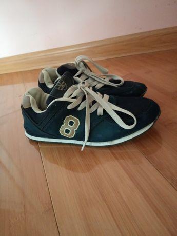 Кросівки для хлопчика (35 розмір)