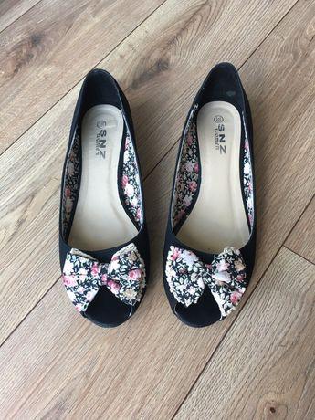 Baletki Nowe 39 baleriny buty czarne na małym koturnie