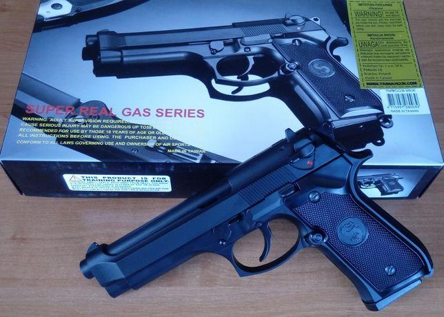 Страйкбольный пистолет BERETTA M9 Blowback Green Gas страйкбол AirSoft