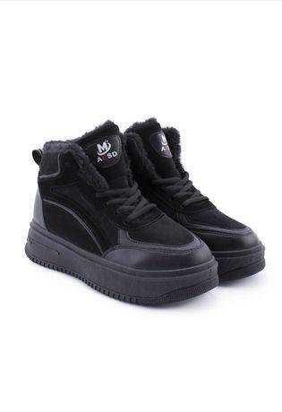 Кросівки по вигідні ціні