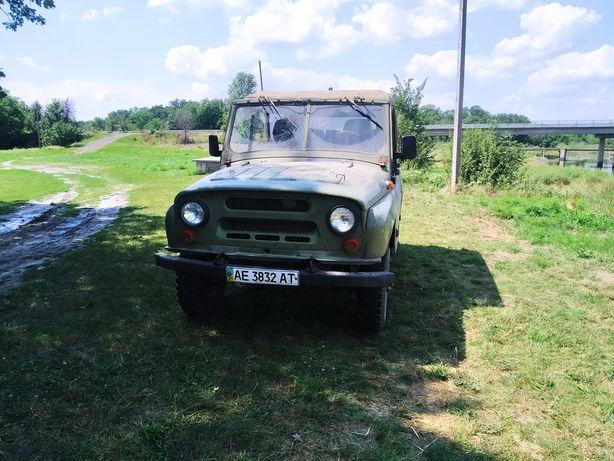 Продам УАЗ 469Б.
