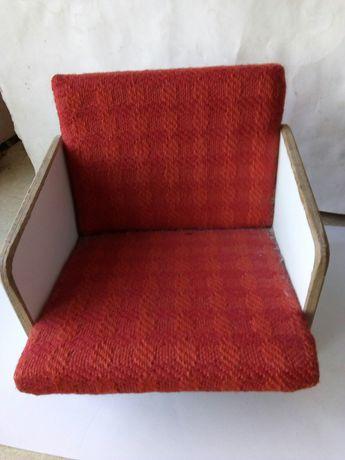 Продам игрушку кресло для куклы СССР
