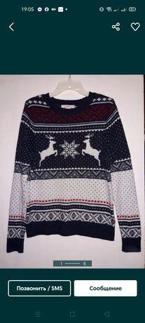 Мужской Новогодний  свитер с оленями 50размер,М ,H&M на подарок!срочно