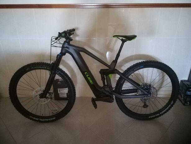 Bicicleta elétrica ebike Cube 140 Carbono NOVA