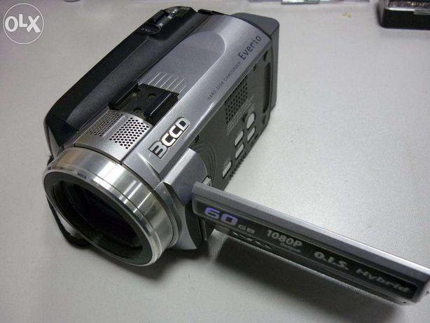 Ремонт видеокамер ,фотоаппаратов,вспышек,обьективов.