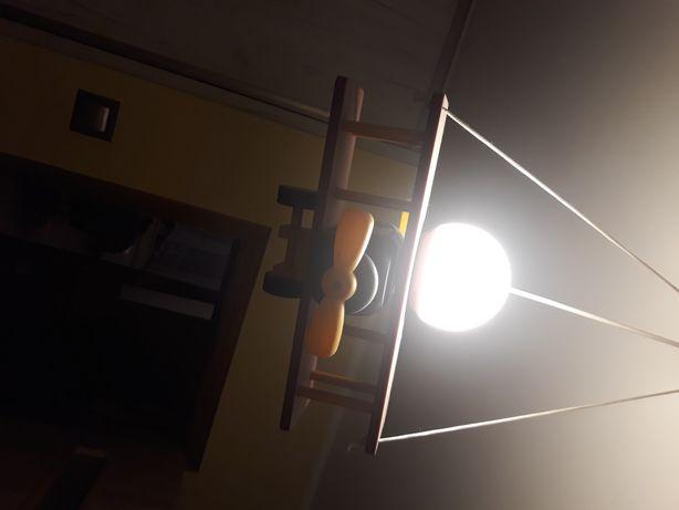 Lampa dziecieca-samolot