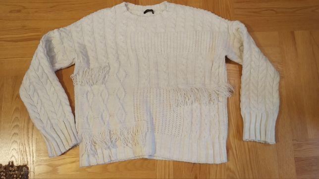 Sweterek sweter z frędzlami, rozmiar Uni