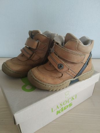 Sprzedam trzewiki chłopięce buty jesień/zima Lasocki r. 22