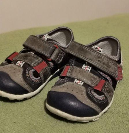 Sprzedam buty chłopięce firmy Clarks