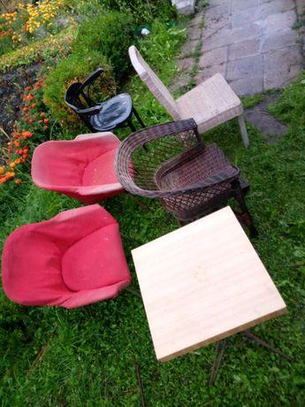 Krzesła , fotele PRL.
