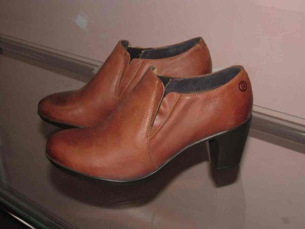 Женские туфли. Кожа. 39р.
