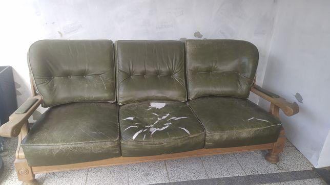 Skórzana sofa do renowacji
