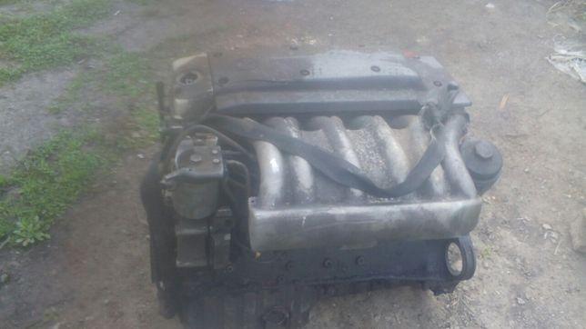 Двигун мотор двігатєль ом 606 турбо 3.0 om 606 300d