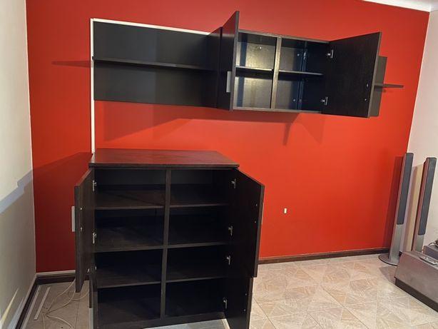 Mobilia de sala em madeira com movel para TV
