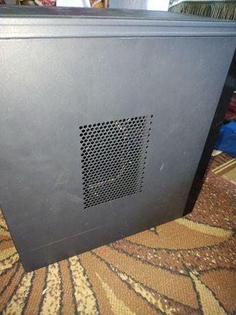 Продам корпус для ПК формата ATX