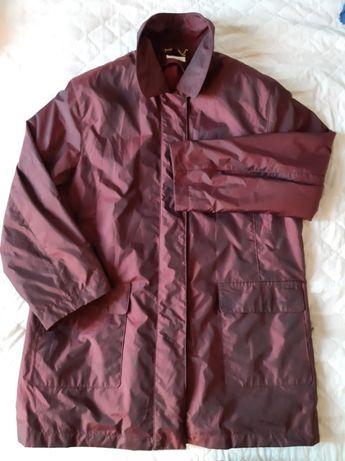 Куртка ветровка на тонком синтепоне размер 54-56.