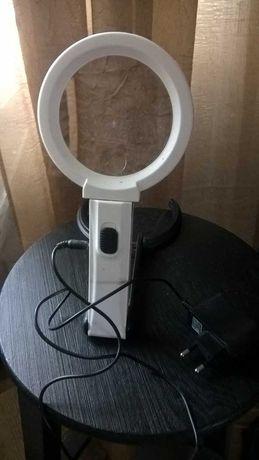 Лупа со светодиодной  подстветкой увеличительное стекло