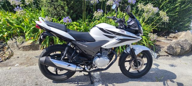 Honda CBF 125 - Ano 2012 único dono