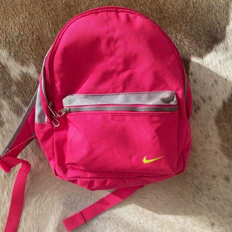 Рюкзак для  девочки Nike ( оригинал)