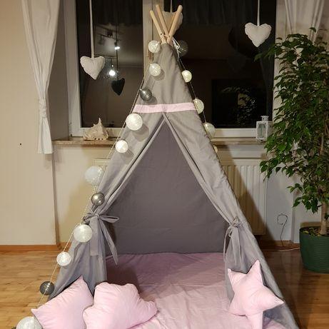 Namiot tipi z matą i poduszkami