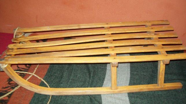 stare sanki drewniane popularne w PRL