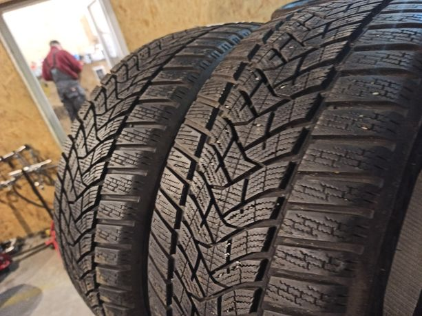 Зимняя резина ПАРА 235/45 R18 Dunlop Winter Sport 5