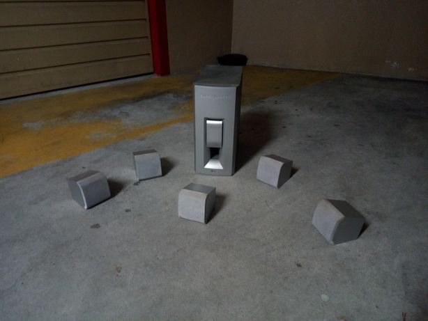 Pack colunas de som LG