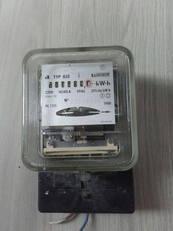 licznik poboru prądu elektryczny